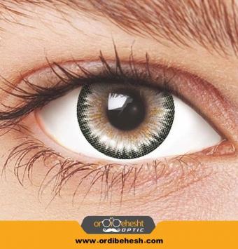 لنز آرایشی هرا رنگ خاکستری دور مشکی HV310